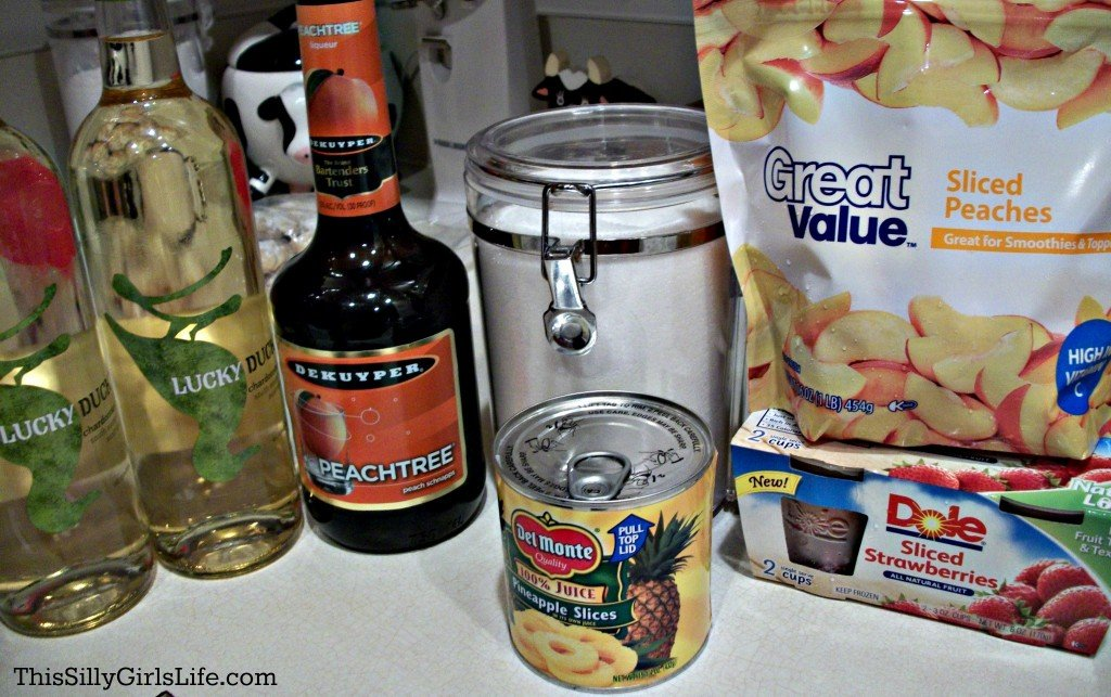 White Peach Sangria recipe from ThisSillyGirlsLife.com