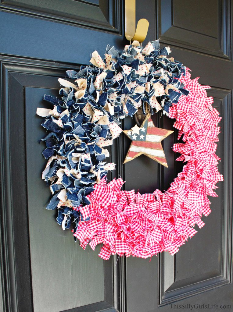 DIY Patriotic Fabric Wreath