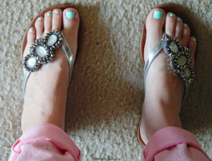 Casual Summer Outfit, peplum top, pink pants and sparkly sandals! LOVE! Plus a video!!