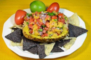Pineapple Salsa {Guest Post}