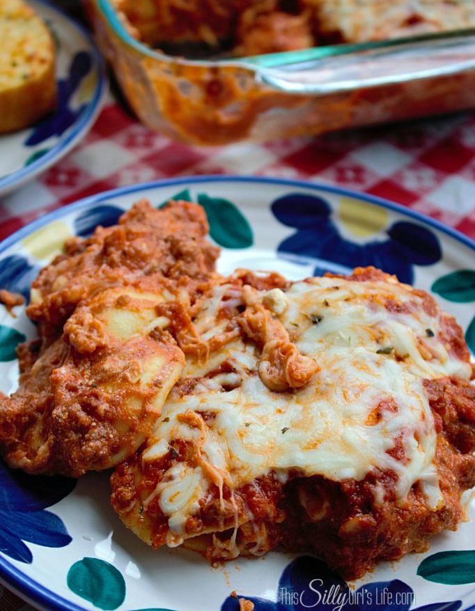 Lazy Day Lasagna {Ravioli Casserole} recipe from http://ThisSillyGirlsLife.com #LazyLasagna #RavioliCasserole #Italian