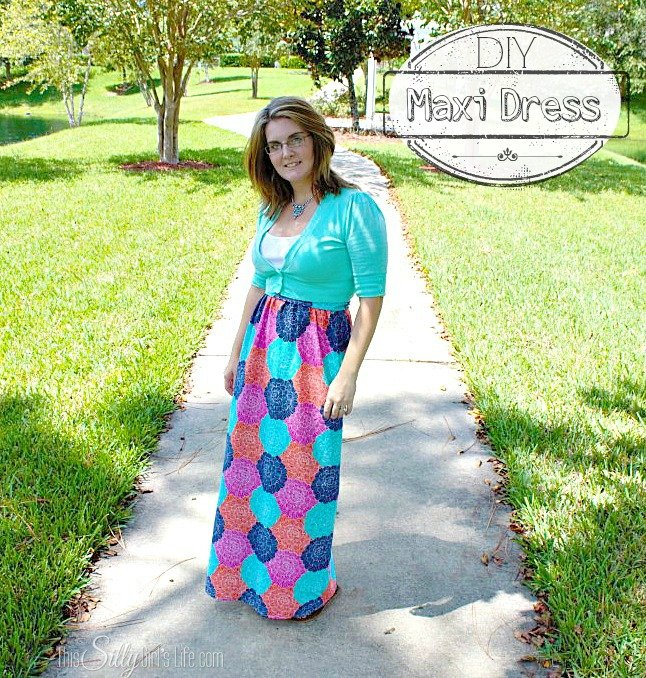 DIY Maxi Dress from http://ThisSillyGirlsLife.com/2013/09/diy-maxi-dress/ #DIY #MaxiDress #Dress #Floral #Sewing
