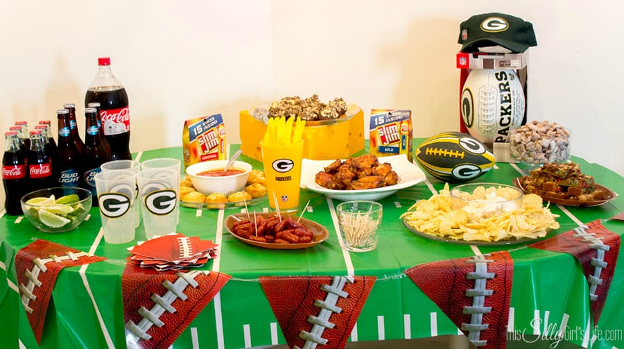 Slow Cooker Drunken Bbq Chicken Wings + Football Party Spread! #shop #cbias