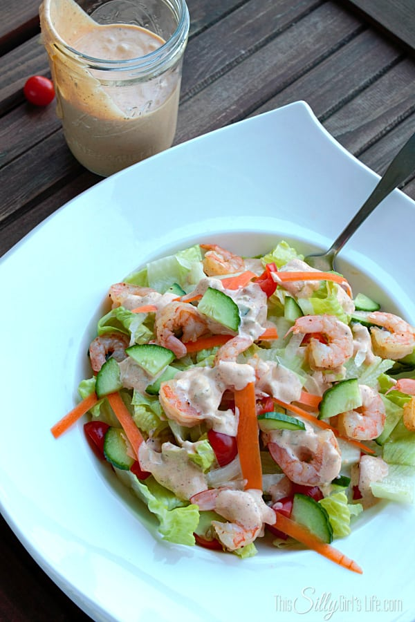 Spicy Garlic Salad Dressing, It has everything... slight spicy, tangy, garlicky, sweet, creamy... it's a keeper!
