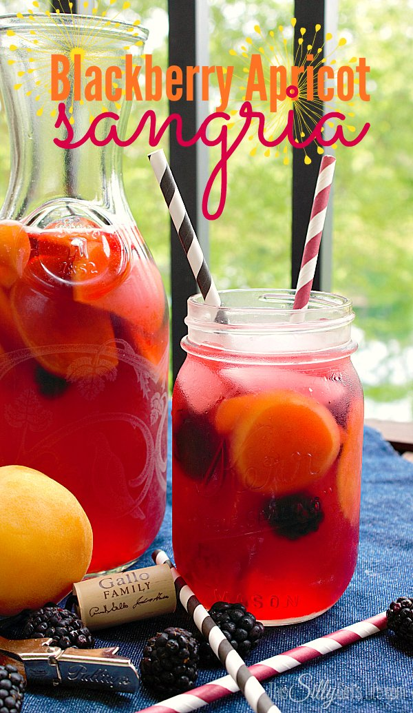 Blackberry Apricot Sangria, Made with sliced apricots, blackberries, pink moscato and more. Perfect for a summer evening! #MoscatoDay #ad y