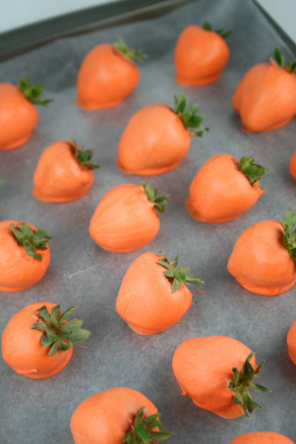 Chocolate Covered Strawberry Pumpkins - This ...