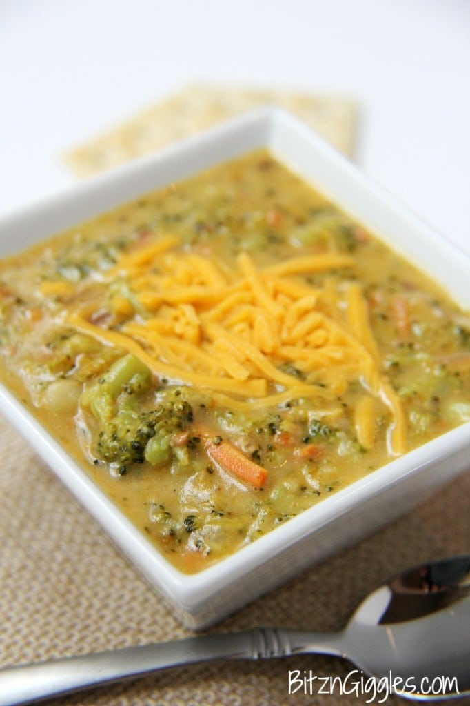 Cheesy Potato and Broccoli Soup: thick, cheesy and loaded with tender potatoes, broccoli and carrots! Talk about comfort food at its finest!