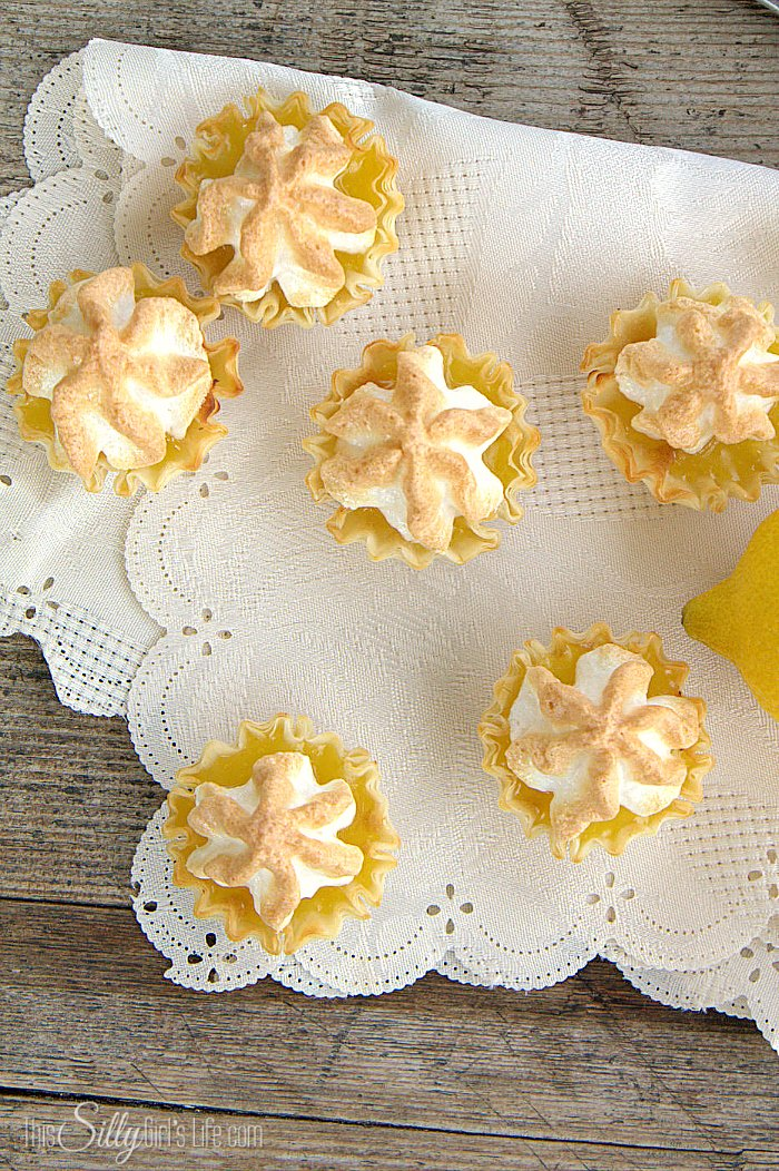 Mini Lemon Meringue Pies, bite-sized version of your favorite classic pie. So easy, simple and amazingly delicious! Perfect with your afternoon tea. - ThisSillyGirlsLife.com #AmericasTea #Ad