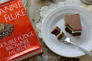 Book Review: Double Fudge Brownie Murder by Joanne Fluke