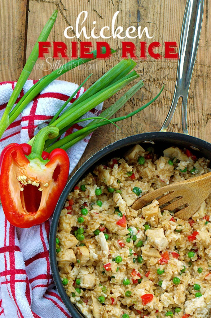 Healthy Chicken Fried Rice, a healthier alternative for fried rice, using brown rice, egg whites, veggies and more! - ThisSillyGirlsLife.com #ad
