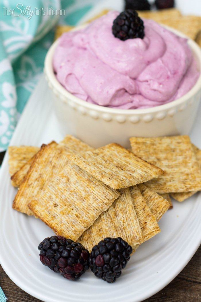 Blackberry Toasted Marshmallow Dip, fresh blackberries are mixed with cream cheese, toasted marshmallow fluff and served with Triscuit crackers, a perfect sweet and salty bite! Plus video! - ThisSillyGirlsLife.com #ad