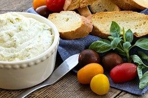 Creamy Goat Cheese Bruschetta