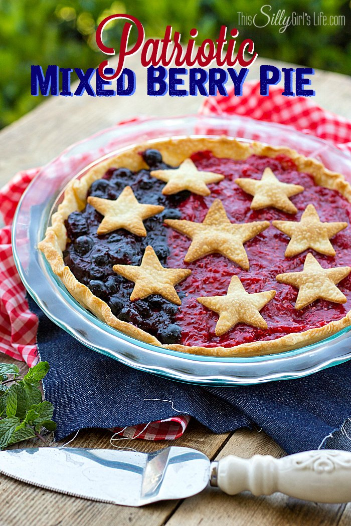 Twenty Five Star Desserts, a variety of fun desserts in star shapes! - ThisSillyGirlsLife.com #stars #stardesserts #fourthofjuly