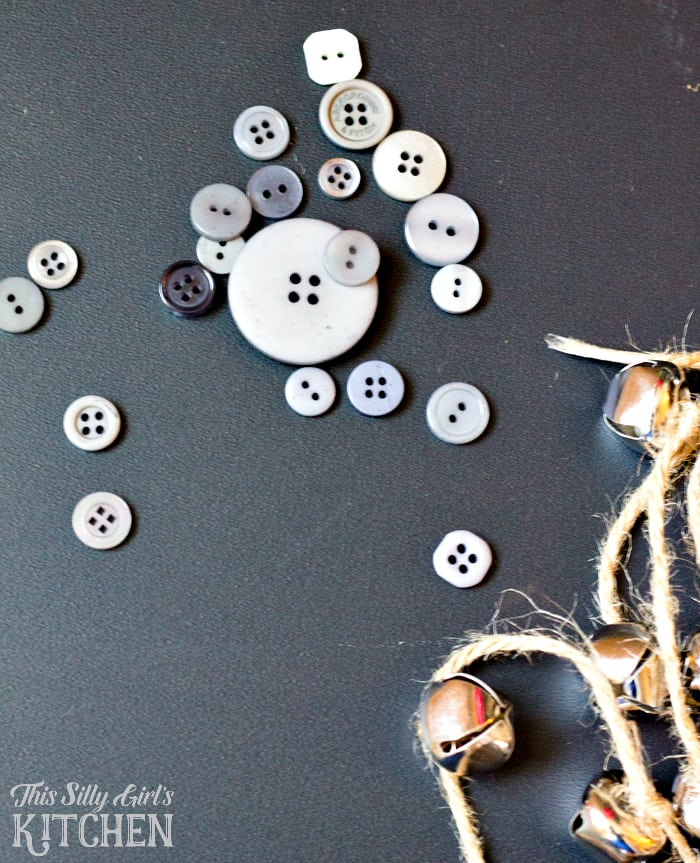 DIY Jingle Bell Acorn Garland from This Silly Girls Kitchen-3