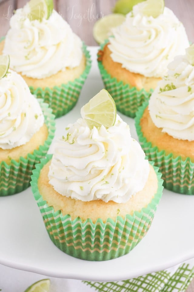 key-lime-cupcakes-recipe-03861