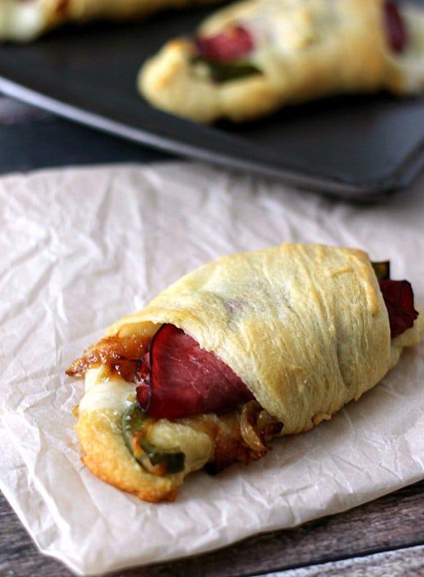 Cheesesteak-Roll-Ups-