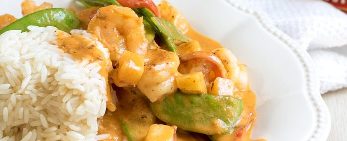 30-minute-shrimp-coconut-curry-from-this-silly-girls-kitchen-feature