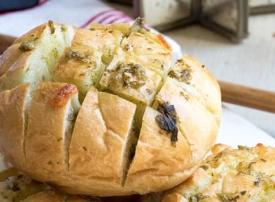 Cheesy Pesto Pull Apart Rolls