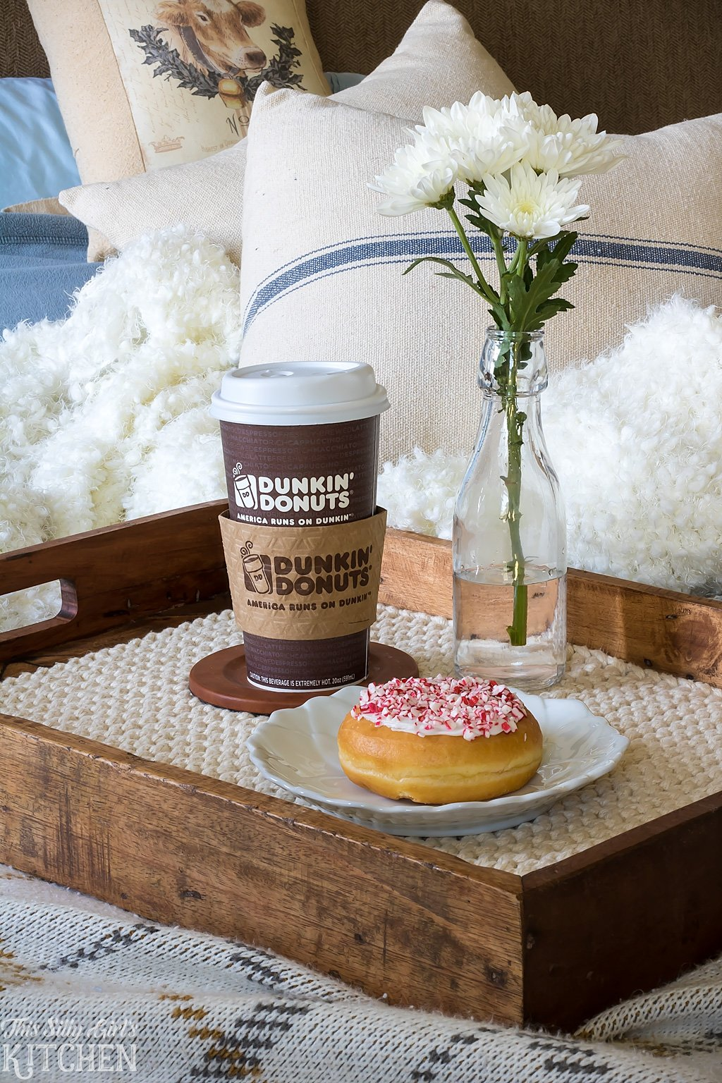 dunkin-donuts-salted-caramel-latte-from-this-silly-girls-kitchen-4