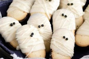 10 Adorable Halloween Treats You'll Love