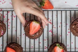 Strawberry Brownie Cups