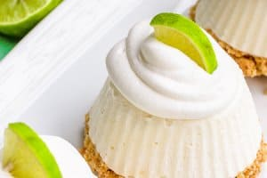 Key Lime Pie – Mini No Bake Pies!