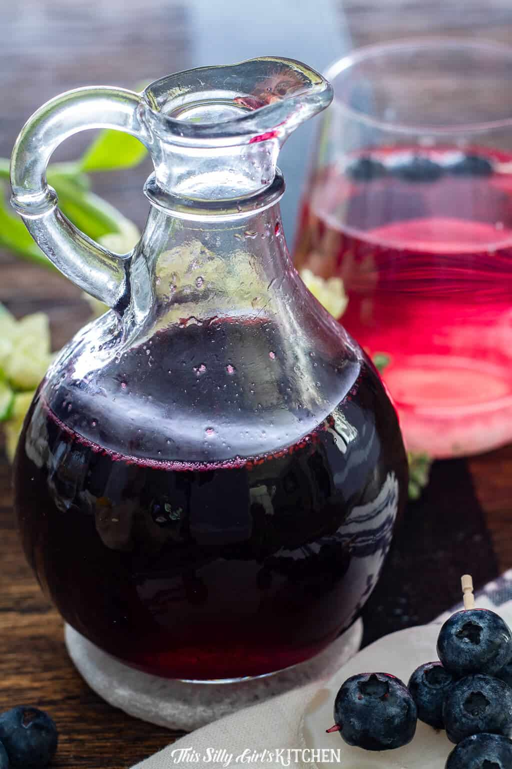 Blueberry simple syrup is made with just three simple ingredients. #recipe from thissillygirlskitchen.com #blueberry #simplesyrup #blueberrysimplesyrup #blueberrysyrup