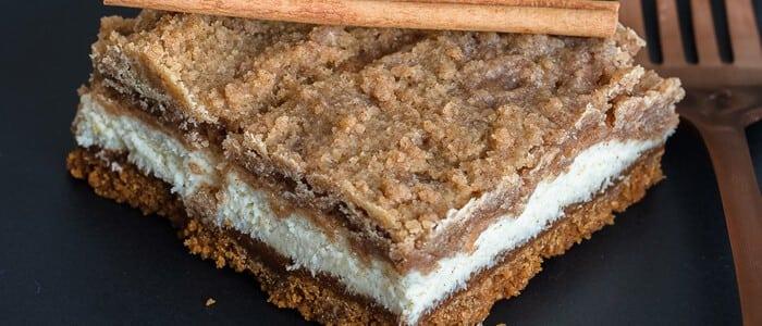 Cheesecake Snickerdoodle Bars