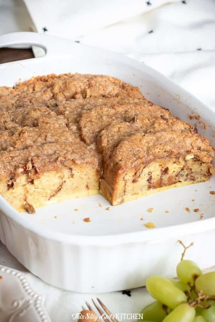 You never know when you will need to make an impressiveyet easy breakfast for a crowd, this overnight french toast recipe has you covered! #recipe from thissillygirlskitchen.com #overnightfrenchtoast #frenchtoast #breakfast #frenchtoastcasserole #bakedfrenchtoast