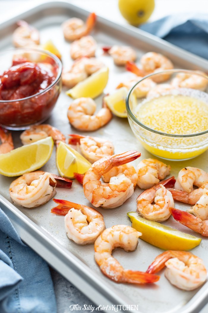 If you are a shrimp cocktail lover like me, you have to try this roasted shrimp cocktail!  #recipe from thissillygirlskitchen.com #shrimpcocktail #roastedshrimpcocktail #shrimpappetizer #cocktailsauce #appetizer